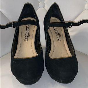 Cityclassified Black high heels